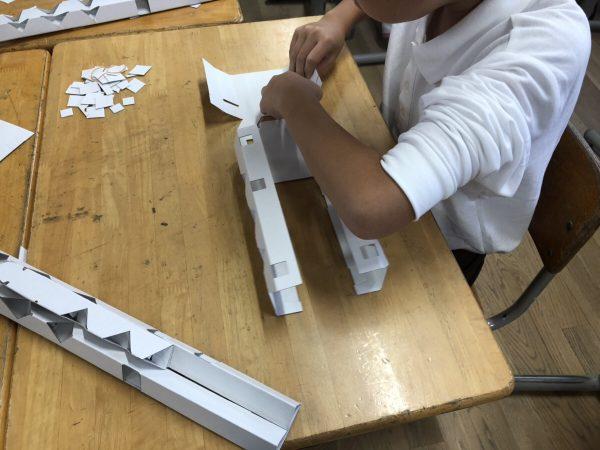 東大阪 美販「モノづくり体験教室」の様子