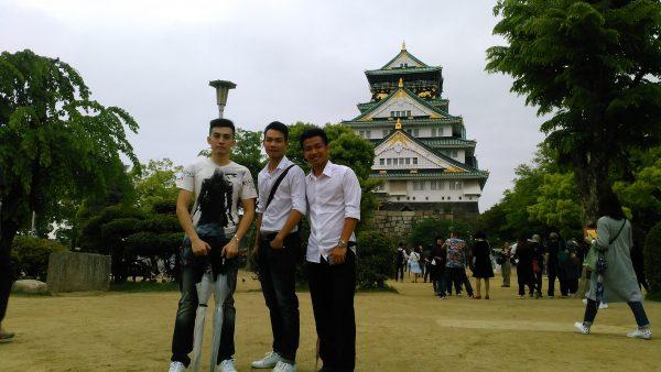 ベトナム人研修生と大阪観光の様子