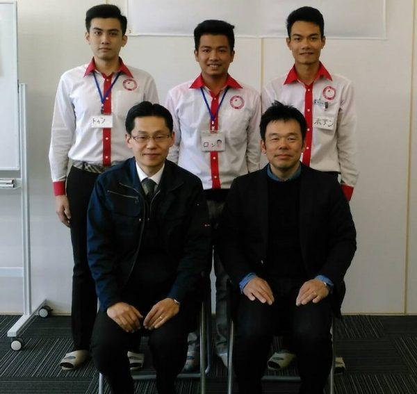 ベトナム人実習生との写真